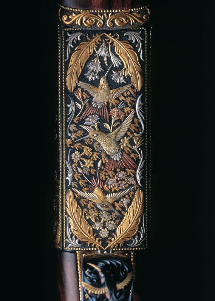 detail-humming-bird