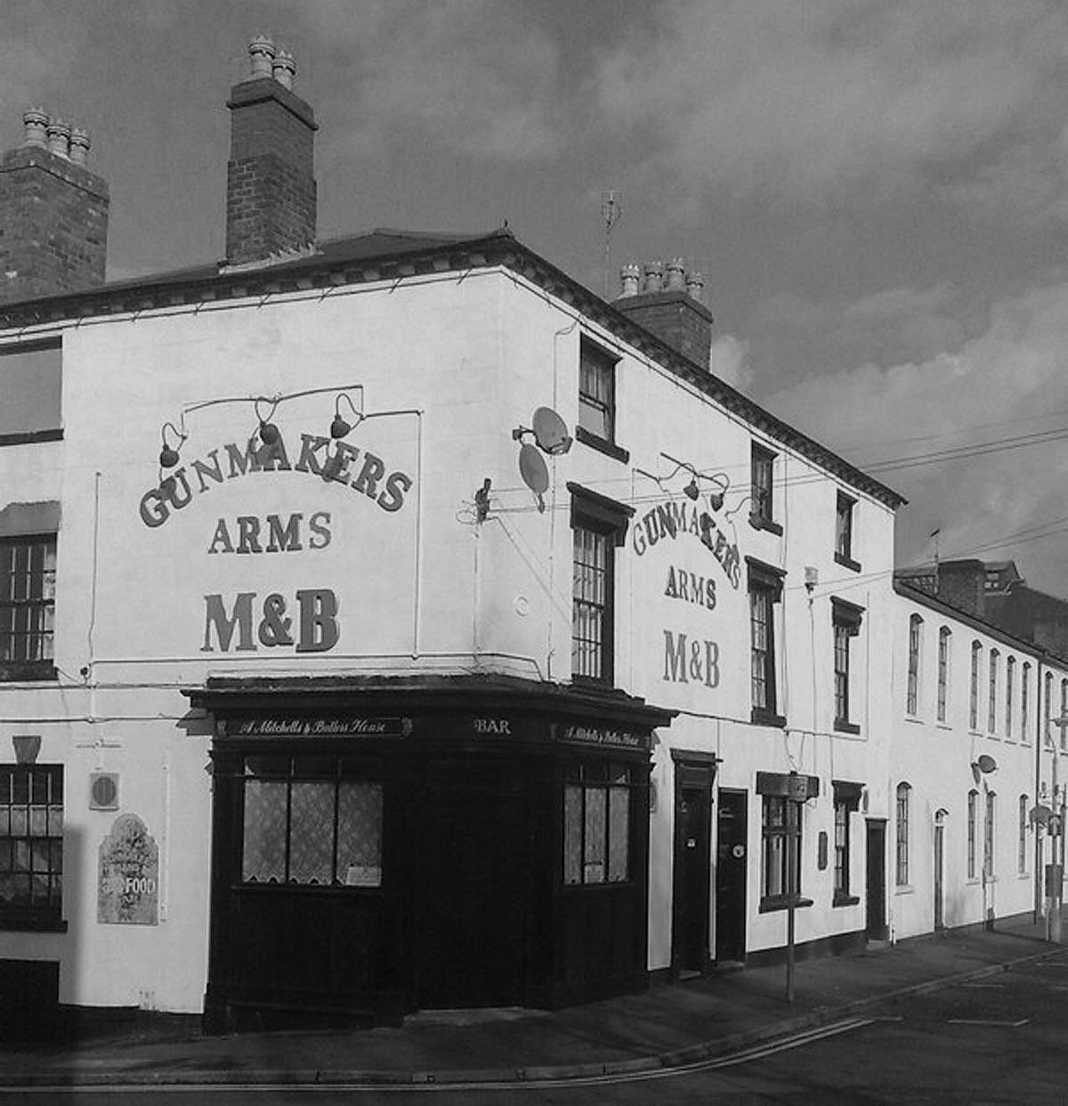Gunmakers_Arms_towards_Bath_St2