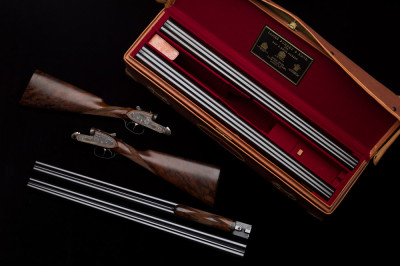 James Purdey Pair of 12g Shotguns.