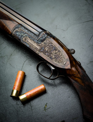 'Ovundo Again' written by  Vic Venters in 2007. 'The rise and fall and rise again of Westley Richards' innovative O/U'