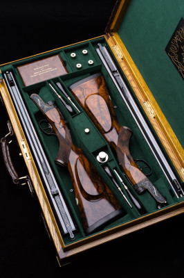 A Rare Pair of Westley Richards .470 Droplock Double Rifles.