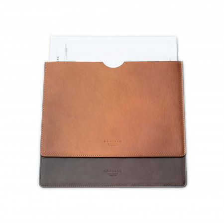 Leather Document Holder in Dark Tan
